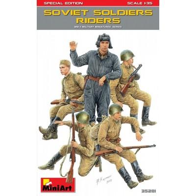SOLDADOS SOVIETICOS SOBRE CARRO - MiniArt 35281