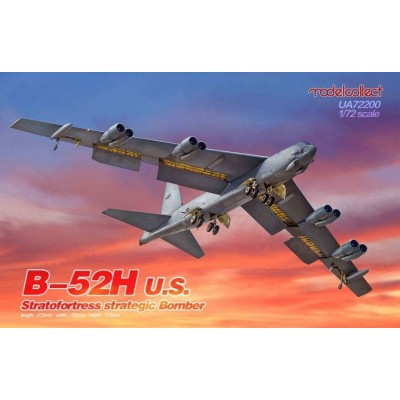 BOEING B-52 H STRATOFORTRESS 1/72 - Modelcollect UA72200