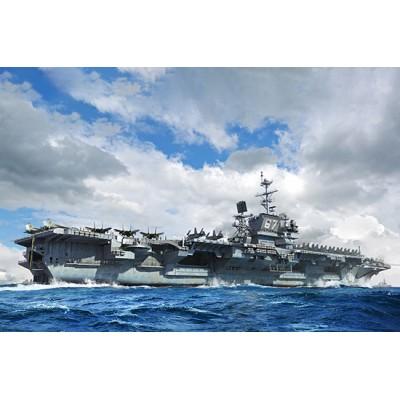 PORTAAVIONES U.S.S. John F. Kennedy CV-67 -1/700- Trumpeter 06716