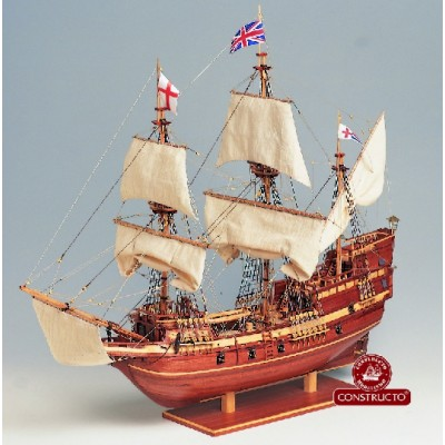 GALEON MAYFLOWER (L: 700 mm /Al: 600 mm /A: 270 mm) 1/65