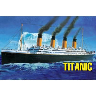 TRANSATLANTICO R.M.S. TITANIC 1/550
