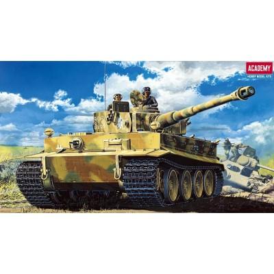 CARRO DE COMBATE SD.KFZ.181 TIGER I Y INTERIOR - escala 1/35 - academy 13239