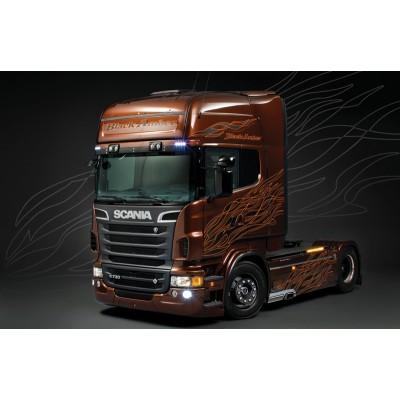 SHOW TRUCK: SCANIA R730 Black Amber 1/24 - Italeri 3897
