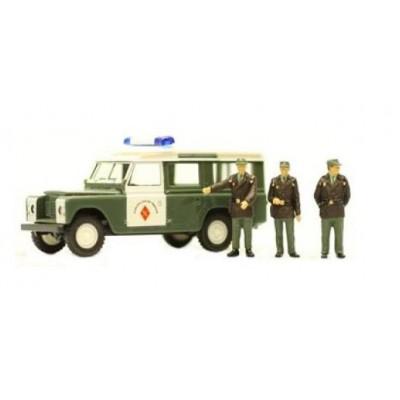 LAND ROVER SANTANA 109 Guardia Civil de Trafico invierno ANESTE 4273