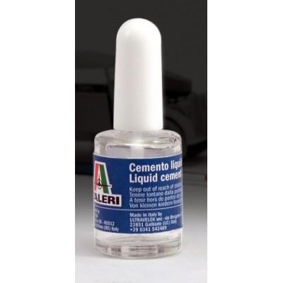 PEGAMENTO PARA MAQUETAS 15 ml - Italeri 3990