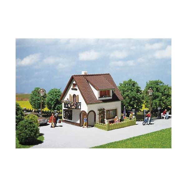 Casa con buhardilla 90 x 80 x 78 mm - Casas con buhardilla ...