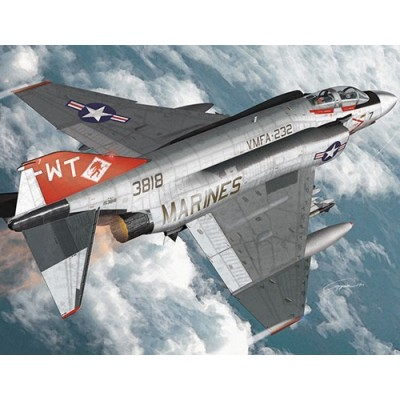 MCDONELL-DOUGLAS F-4J USMC VMFA-232 RED DEVILS - ESCALA 1/72 - ACADEMY 12556