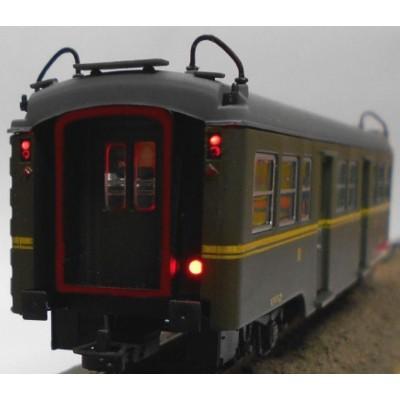 COCHE VIAJEROS Serie 7000 3ª clase (C-7006) & luz de cola - 1/87 - H0- KTrain 0602M