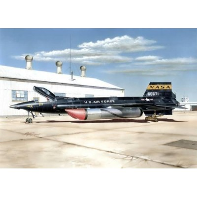 "NORTH AMERICAN X-15 A-2 & ""Ground Dolly"" -1/32- Special Hobby SH32031"