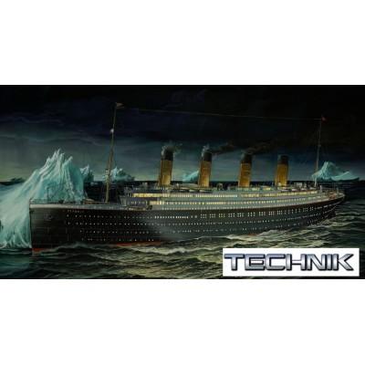 TECHNIK: TRANSATLANTICO R.M.S. TITANIC (Luz & Sonido) -Escala 1/400- Revell 00458