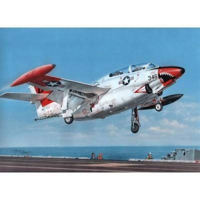 NORTH AMERICAN T-2 BUCKEYE -Escala 1/32- Special Hobby SH32037