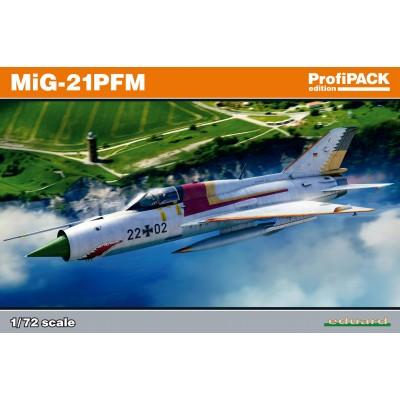 MIKOYAN GUREVICH MIG-21 PFM -1/72- Eduard 70144