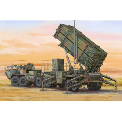 TRACTOR M-983 HEMTT & PLATAFORMA DE LAZAMIENTO M-901 Sistema Misiles PATRIOT MIM-104 F (PAC-3) -Escala 1/72- Trumpeter 05177