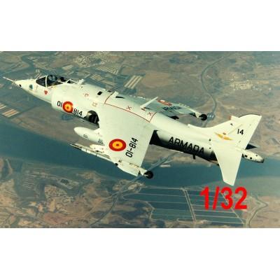 MCDONNELL DOUGLAS AV-8 A MATADOR HARRIER 1/32