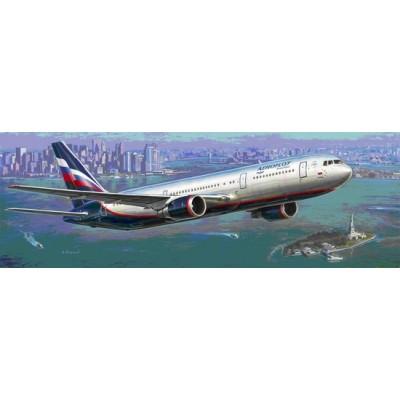 BOEING 767-300 1/144