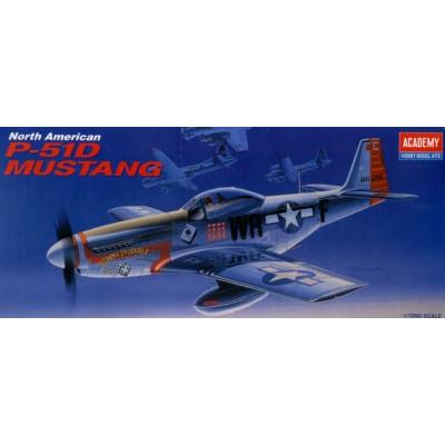 NORTH AMERICAN P-51 D MUSTANG -Escala 1/72- Academy 12485